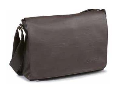 Esta colección de bolsos de bandolera unisex que nos presenta Artvi están hechos para contentar a los hombres más elegantes que buscan un bolso práctico que puedan ponerse en cualquier momento. Con una fabricación excelente tiene un interior con bolsillos y apartados para ordenar bien tus cosas.