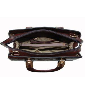 típico de la colección Padova de la marca Marsanpiel. Tanto la piel como el PVC tienen un tono marrón oscuro