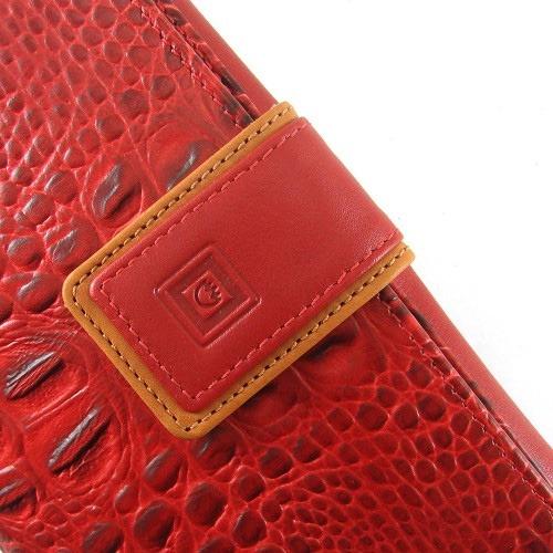 82e26acfc Cartera de piel juvenil para mujer fabricada por la marca Casanova de forma  artesanal siguiendo la