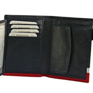 Esta cartera de piel fabricada en España por la marca Marsanpiel es un original regalo que reune todo lo que podemos pedirle a un artículo de piel de calidad; terminación exquisita