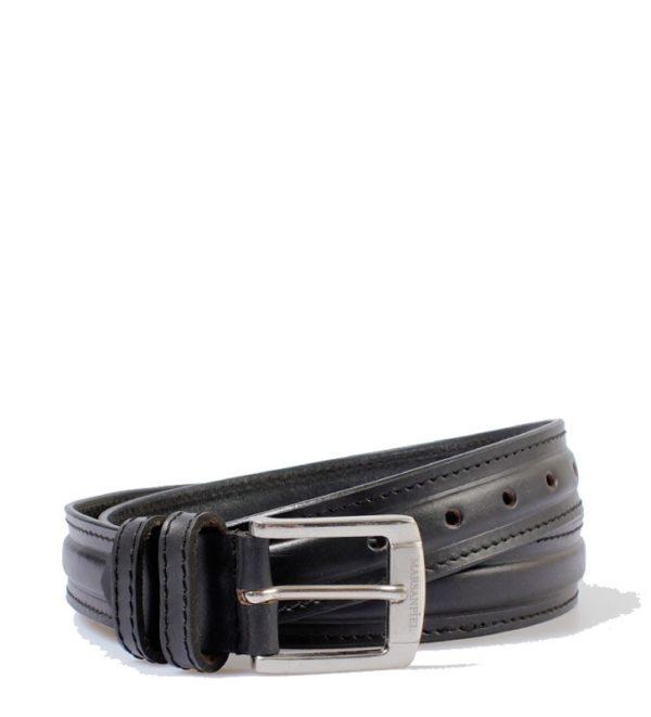 Este cinturón de piel tiene un diseño que hace posible que pueda servir tanto para hombre como para mujer. Fabricado por la firma de marroquinería Marsanpiel con una piel vacuno flor de gran calidad que lo hacen duradero y que no te cansarás de usar con cualquiera de tus pantalones.