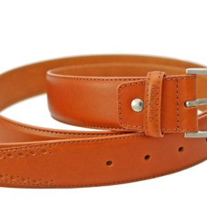 Cinturón de piel para hombre fabricado por Márquez. Hecho con esmero