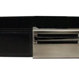 Cinturón de piel para caballero con hebilla de chapón Márquez. Fabricado en piel vacuno de primera calidad tenemos un cinturón clásico con una hebilla que le da un toque distinguido y elegante que podrás usar con tu traje o cualquier tipo de pantalón.