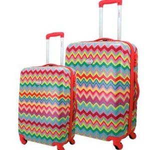 Conjunto de maletas marca Flamenco de la colección Samba. Empieza tu viaje entusiasmado con esos colores tan alegres que tienen por diseño. Además podrás moverte sin dificultades ya que tienen ruedas multidireccionales. Y no temas por tus pertenencias