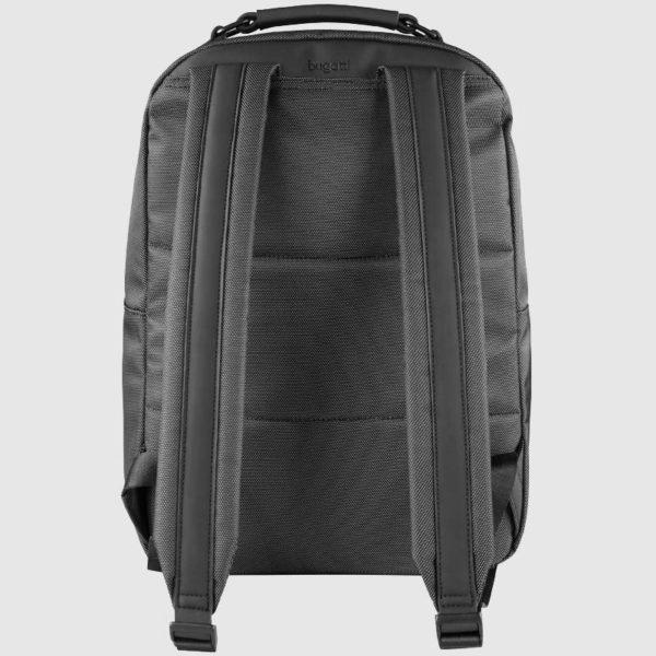 incluido compartimento para ordenador portátil. Su diseño hacen de esta mochila una elección muy juvenil. Dispone de dos bolsillos exteriores con cremallera.