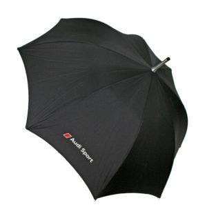 Paraguas Audi Sport para los amantes de la marca alemana de coches. Estosparaguas de alta calidad disponen de varillas reforzadas antiviento y elementos reflectantes que permitirán que te vean de noche. El mango del paraguas está hecho con la forma de una palanca de cambios