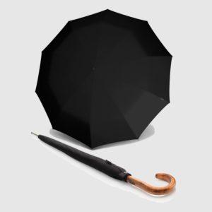 Knirps esta temporada viene cargada de novedades y una de ellas es su colección S.770 de paraguas largos con eje robusto de acero y un mango elaborado a mano con materiales de alta calidad