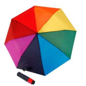 Paraguas de colores doppler que está diseñado para alegrar nuestros días de lluvia gracias a su estampado de arcoíris. Este paraguas corto plegable de la colección derby