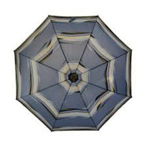 Paraguas elegante para señora de la marca Knirps está fabricado con una mezcla de fibra de vidrio y acero. Es el paraguas más ligero de la firma de los modelos largos de bastón. No resta su bajo peso con su robustez que permitirá resistir los vientos más descarados.