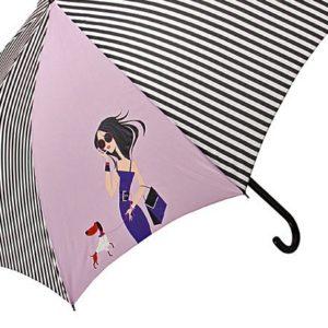 Este paraguas original antiviento de la marca Doppler está fabricado con varillas de fibra que ofrecen alta resistencia al viento además de flexibilidad para evitar su rotura. Con un diseño divertido de una chica hablando por su móvil mientras pasea con su perro