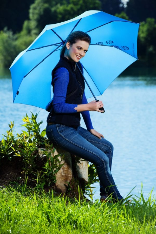 Paraguas para senderismo trekking con funda de neopreno Doppler