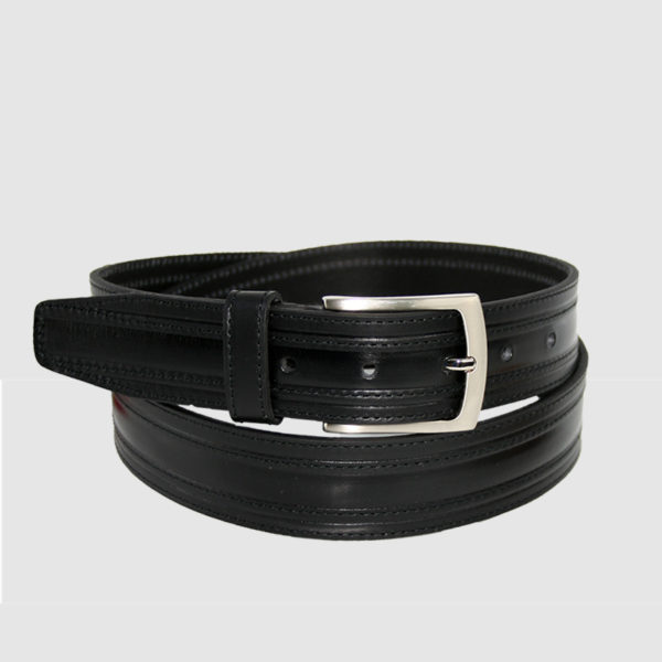 Cinturón de piel elegante para hombre fabricado en España